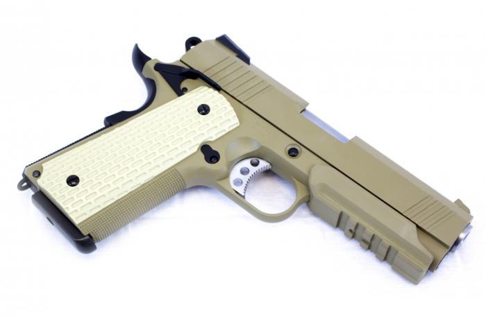 WE Desert Warrior 4.3 Tan Pistol