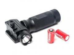 G&G G&G Vertical ForeGrip LED Flashlight